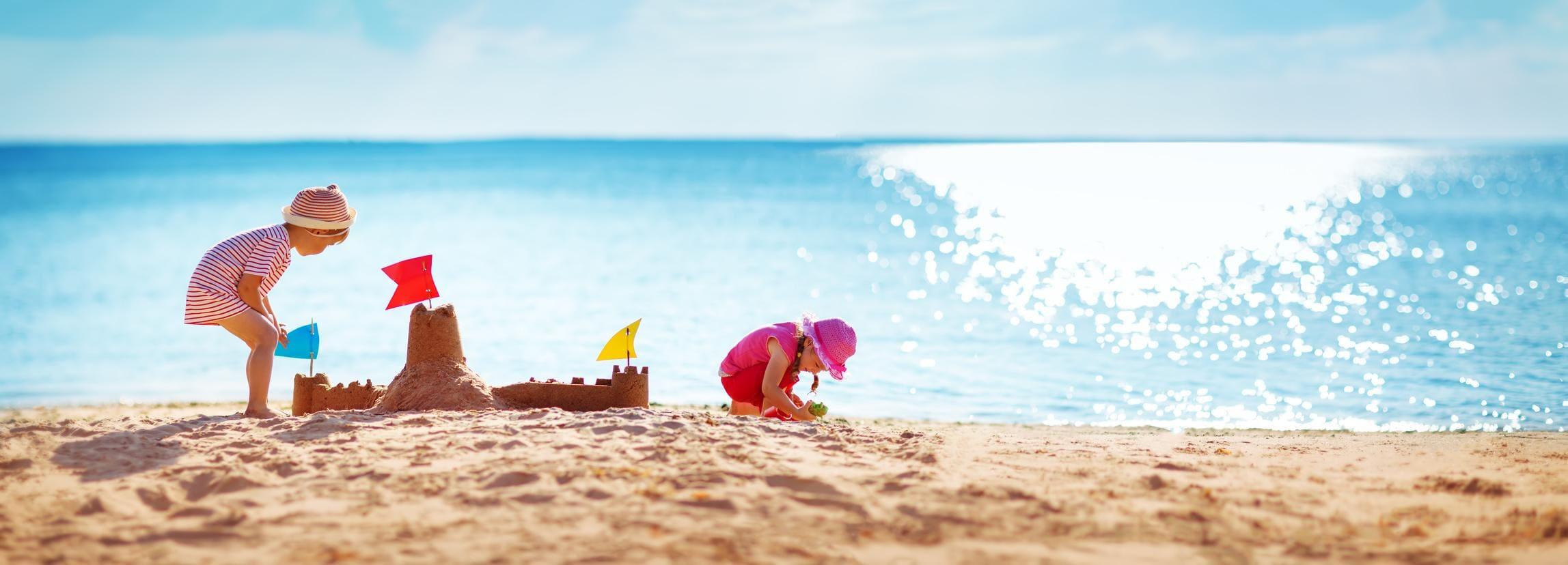 Jakiego hotelu nad morzem warto poszukać na wyjazd z dzieckiem